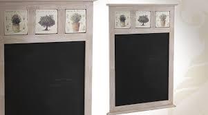 tableau ardoise cuisine tableau noir mural avec déco sur le thème de la provence