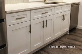 how much does it cost to kitchen cabinets painted uk 2020 kitchen cabinets installation prices oost to install