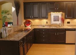 kitchen cabinets with countertops how to match kitchen cabinet countertops and flooring combinations