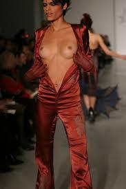 catwalk nude pussy