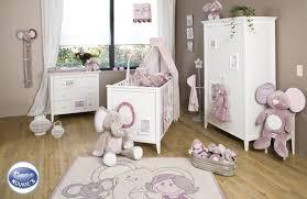 amenagement chambre bébé deco chambre bebe parme visuel 8