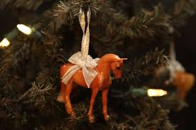 auction breyer horse holiday beautiful breeds ornament chestnut