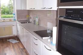 spritzschutz küche top fliesenspiegel für die küche inklusive spritzschutz aus glas