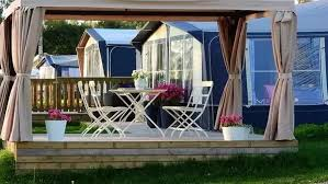 Pergola Vs Gazebo by The Difference Between A Gazebo And A Pergola Quora