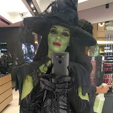 Gremlins Halloween Costume 25 Wicked Witch Costume Ideas Medusa Costume