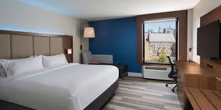 Hi Can Bed by Downtown Nashville Tn Hotel Holiday Inn Express U0026 Suites