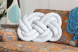 knot pillows celtic knot pillows awesome stuff 365