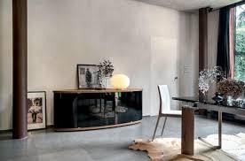 wohnzimmer glastür sideboard aus holz mit gebogenen glastüren für das esszimmer oder