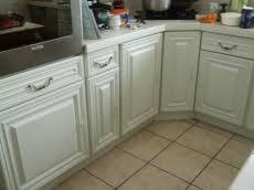 repeindre cuisine en bois les frères nordin repeindre une cuisine peinture blanche