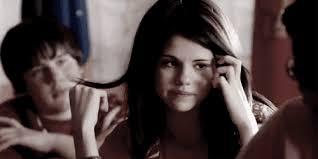 Selena Gomez Crying Meme - selena gomez crying meme cryinggomez twitter account