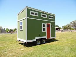 tiny homes on wheels i am travelling the world idolza