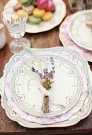 mismatched plates wedding 10 vintage wedding ideas to create charm mywedding