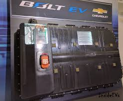 nissan leaf replacement battery cost here u0027s how much a chevrolet bolt replacement battery costs