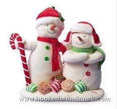 2008 hallmark season s treatings singing snowmen at hooked on