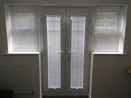 white perfect fit venetians fitted in bromley kent blindsfitted com
