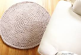 How To Make A Wool Rug With A Hook How To Hand Crochet A Circular Rug Youtube