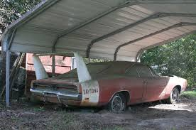 Garages That Look Like Barns by Barn Find 1969 Dodge Daytona Charger Discovered In Alabama
