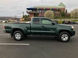 2010 toyota tacoma sr5 2010 toyota tacoma sr5 access cab green with gray interior used