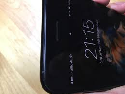 forget jet black it looks like the matte black iphone 7 is ruined
