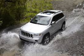 2011 jeep grand cherokee photo gallery autoblog