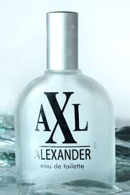 Parfum Axl tips memotret benda berbahan kaca