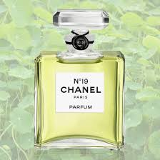 best light clean smelling perfume the best green perfumes for summer stylecaster