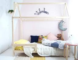 chambre bébé plage chambre enfant cabane decoration chambre enfant bois lit cabane