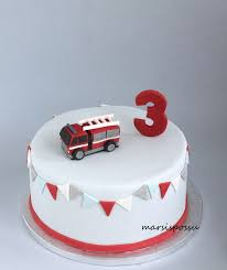 firetruck cakes best 25 truck cakes ideas on firefighter