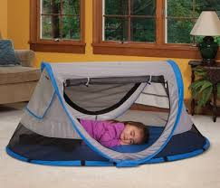kidco peapod travel bed a fun travel bed for your child kidco peapod plus review and
