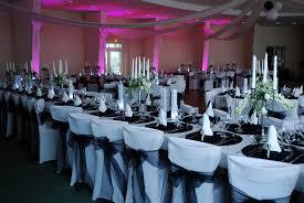 decoration mariage noir et blanc mariage en noir blanc argenté etoile de