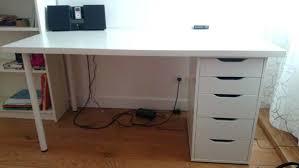 bureau blanc laqu ikea table bureau blanc bureau noir et blanc table chaise noir et