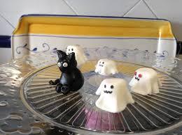 Fantasmitas De Fondant Y Nube Para Decorar Cupcakes De Halloween