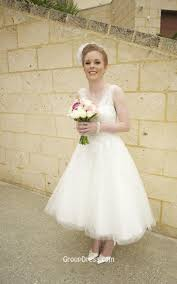 Winter Wedding Dress Vintage Beaded Strapless Tea Length Tulle Winter Wedding Dress