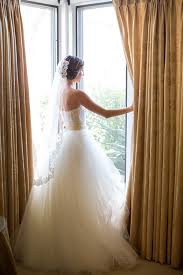 chagne wedding dress when to change into your after party dress brides