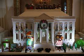 see michelle obama u0027s white house holiday decorations glamour