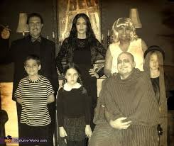 Addams Family Costumes The Addams Family Halloween Costume Idea Photo 2 3