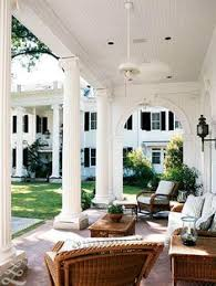 Southern Style House With A Pool Ive Always Wanted To Live In A - Southern home interior design