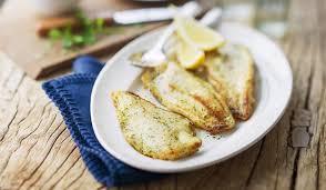 cuisiner poisson blanc filets de merlu blanc du cap façon meunière surgelés les poissons