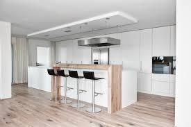 Wohnzimmer Mit Bar Moderne Küche Kochinsel Weiß Matt Holz Theke Kappa Armony Wohn