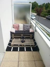houten paletten bank op balkon interieur inrichting - Bank Balkon