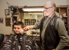 cousin of wyatt earp has been running a barbershop in florence