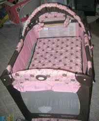 Pink And Brown Graco Pack N Play With Changing Table Amazing Pink And Brown Graco Pack N Play With Changing Table Rs