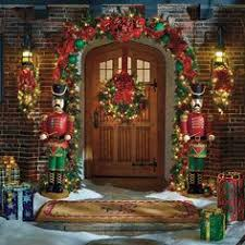 Outdoor Garland With Lights by Fetching Outdoor Christmas Garland With Lights Unthinkable