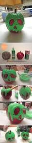 30 dollar store diy projects for halloween poison apples snow