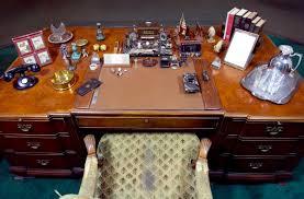 oval office table michael beschloss on twitter