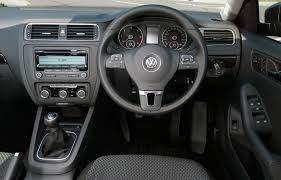 land wind interior volkswagen jetta saloon review 2011 parkers