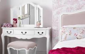 Shabby Chic White Bedroom Furniture Endearing Shabby Chic Bedroom Furniture With Shab Chic Bedroom