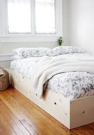 Simple Platform Bed Frame Plans by Best 25 Cheap Platform Beds Ideas On Pinterest Diy Platform Bed