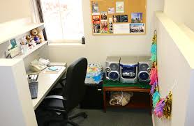 southern belle in training home sweet cubicle how i decorated my