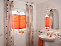 rollos für badezimmer 100 gardinen badezimmer badezimmer gardinen familienhaus